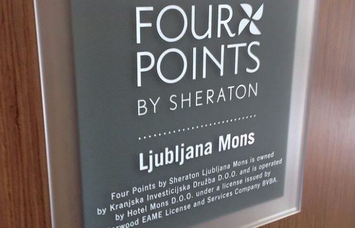 four Points by Sheraton notranje označevanje