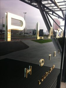 luxury-3d-raised-letter-signs